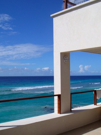 Barbados beach vacation rentals: St Lawrence Beach Condos jr penthouse